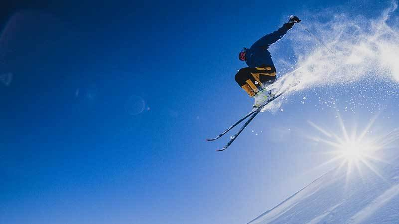 butte-premier-physical-therapy-skiing-1-800×450